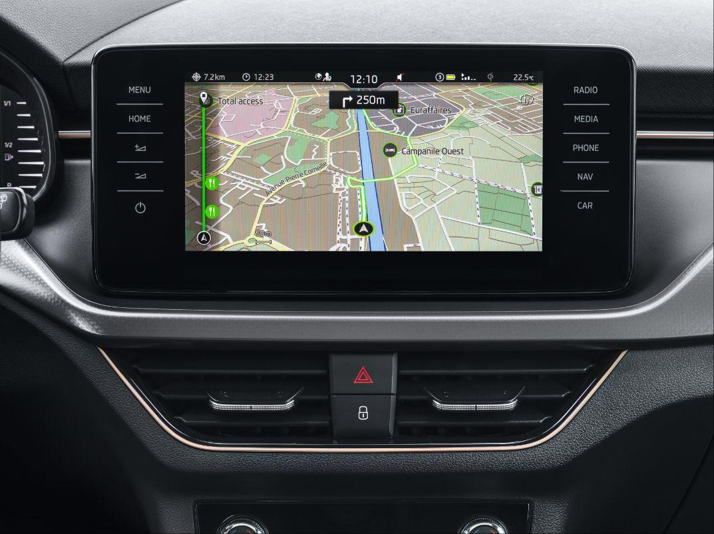 KAMIQ wyposażony jest w Android Auto i Apple CarPlay, fot. materiały partnera
