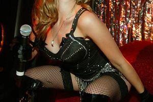 Na drugim miejscu znalazła się Scarlett Johansson - najseksowniejsza kobieta 2005 roku.