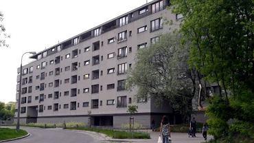 Budynek socjalny przy ul. Piaskowej 7 na Woli