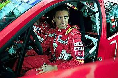 Janusz Kulig w swoim fordzie focusie WRC