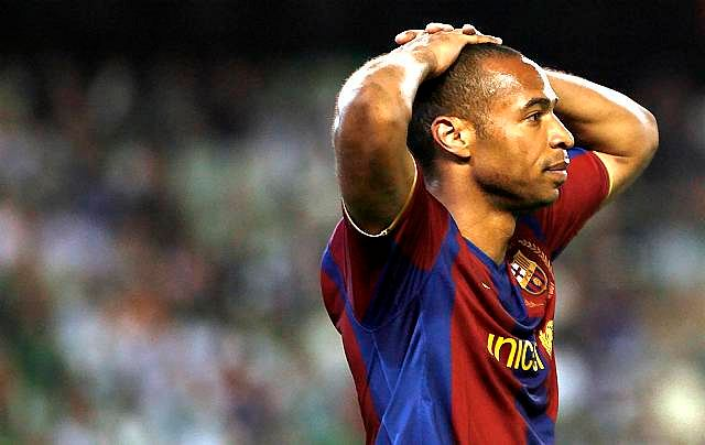 Thierry Henry zastanawia się jak to się stało, że Betis zdobył trzy bramki
