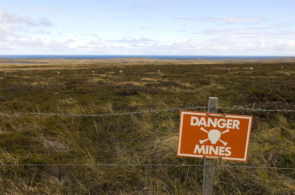 Falklandy, pole minowe