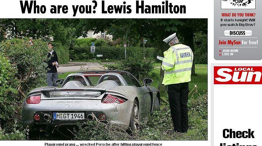 Tata Hamiltona rozbił Porsche Carrera GT