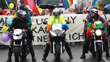 Lesbijki na motorach z formacji Dykes on Bikes