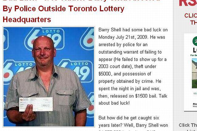 Barry Shell odbiera wygraną fot. lotterywinnerbios.blogspot.com