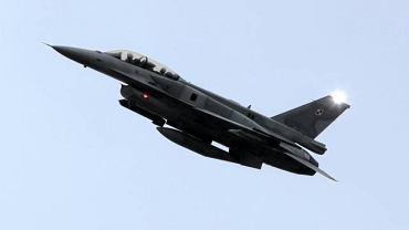 F16 biorący udział w akcji