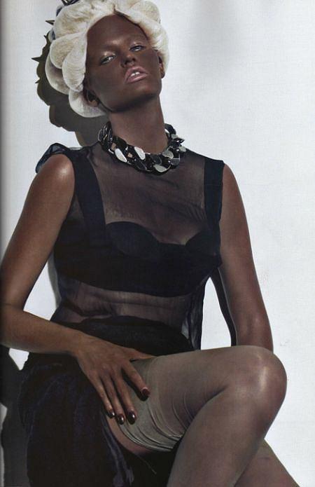 Vogue Paris październik 2009