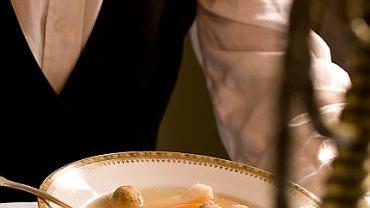 Rosół z kulkami macowymi Nurit