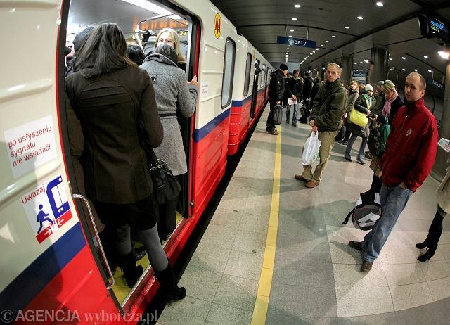 Poranny tłok w metrze