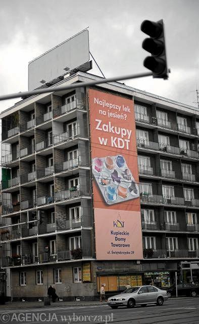 Koniec reklam zasłaniających okna. Jest nowe prawo