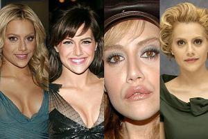 Brittany Murphy nie mogła się zdecydować, czy ma być blondynką czy brunetką, dlatego bardzo często zmieniała kolor włosów. Długość także. Natomiast kilka lat temu za bardzo powiększyła usta - to akurat nie była korzystna zmiana. Trzeba jednak przyznać, że Brittany była bardzo atrakcyjną kobietą. Przykro jest pisać o niej w czasie przeszłym...
