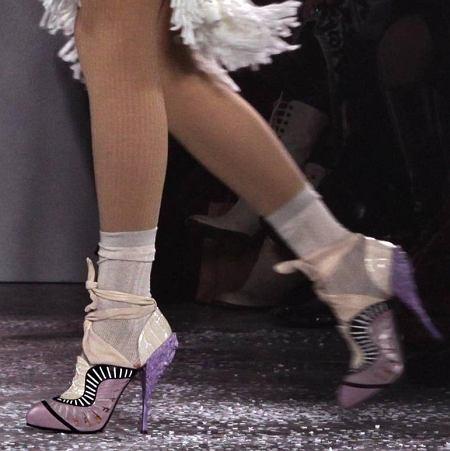Świecące buty Rodarte z kolekcji na jesień/zimę 2010/2011, New York Fashion Week