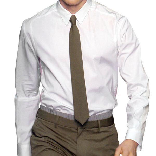 Krok po kroku: jak perfekcyjnie wyprasować koszulę