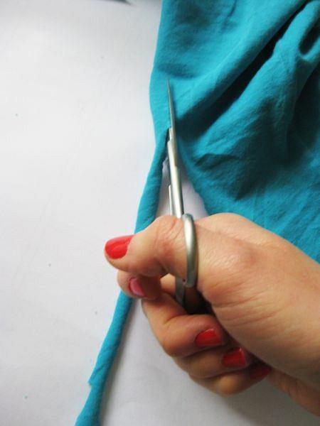 DIY - naszyjnik z koszulki