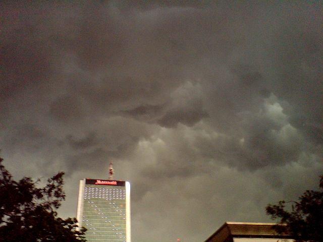 Burza nad Śródmieściem
