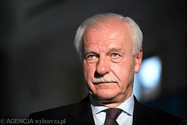 Andrzej Olechowski nazwał swój wynik porażką