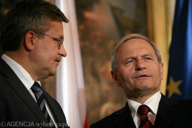 Bronisław Komorowski i szef BBN gen. Stanisław Koziej
