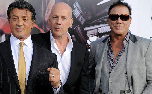 Sylvester Stallone i Bruce Willis - dwóch z trzech założycieli 'Planet Hollywood' spotkało się po latach na planie filmu 'The Expendables'