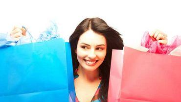 Osoby chore nie mogą przejść obojętnie obok wystaw sklepowych, każda witryna przykuwa ich uwagę