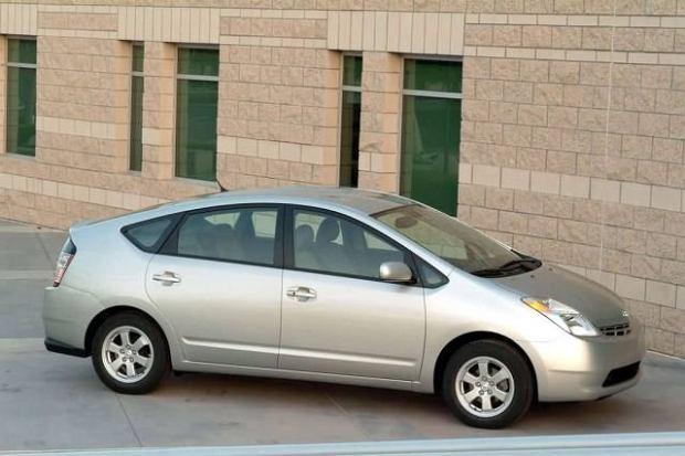 Toyota zmieni pedały gazu i hamulca...