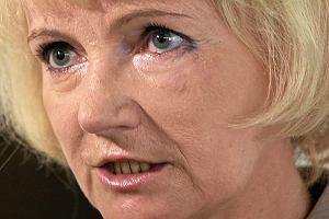 Jolanta Szczypińska krzywi się, bo Dubieniecki pisze do niej niemiłe listy