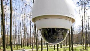 Kamera zainstalowana w latarni w parku Habsburgów w Żywcu
