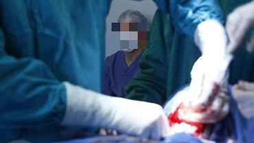 Kijów: gang lekarzy nielegalnie pobierał nerki i wysyłał je do Izraela