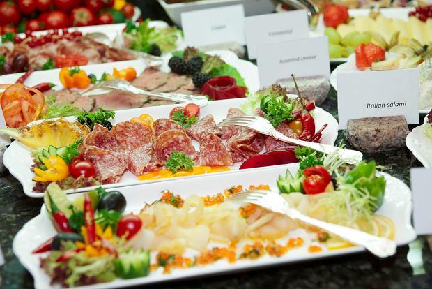 szwedzki stół, jedzenie, stołówka, hotel