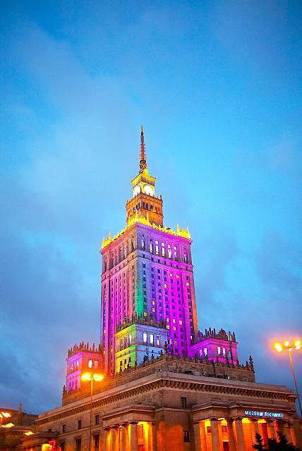 Warszawa. Tęczowy Pałac Kultury i Nauki