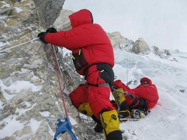 Robert Szymczak, Artur Hajzer, Krzysztof Starek zdecydowali się iść w górę, by zdobyć jak największą wysokość, jaką się tylko da