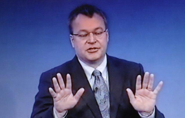 Stephen Elop znalazł się w trudnej sytuacji