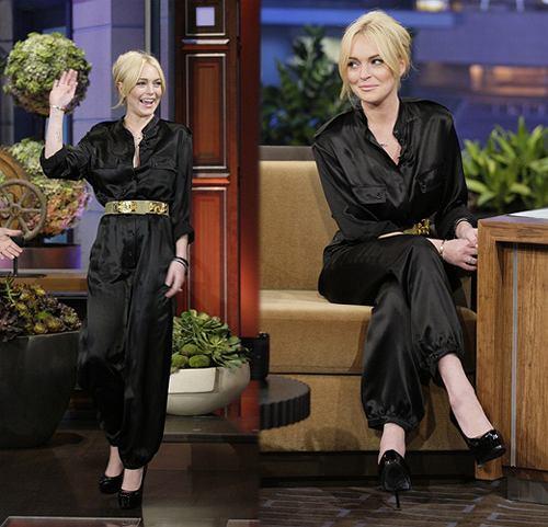 Lindsay Lohan w czarnym kombinezonie u Jaya Leno