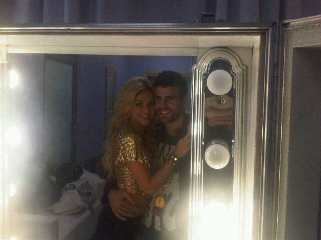 Twitter Gerarda Pique: Gerard Pique i Shakira