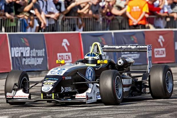 Trening Formuły 3 w Warszawie
