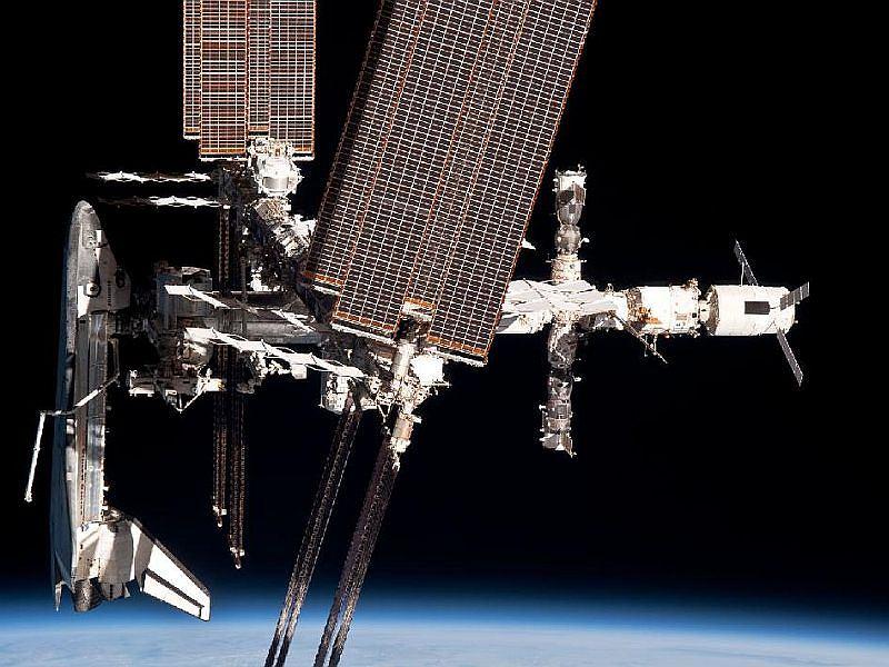 Wahadłowiec Endeavour i ISS