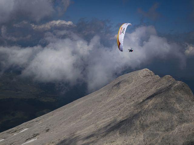 W czasie wyścigu X-Alps zawodnicy sami wybierają trasę, ale muszą zaliczyć wszystkie wyznaczone punkty