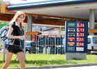Na stacjach drogo - Polskę zalewa tańsze paliwo z przemytu