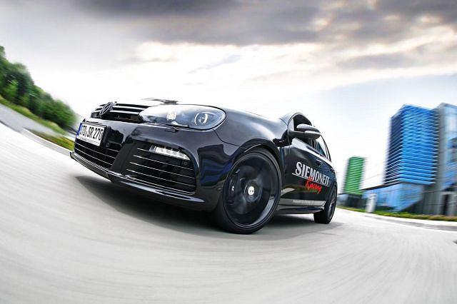 Volkswagen Golf R od Siemoneit Racing