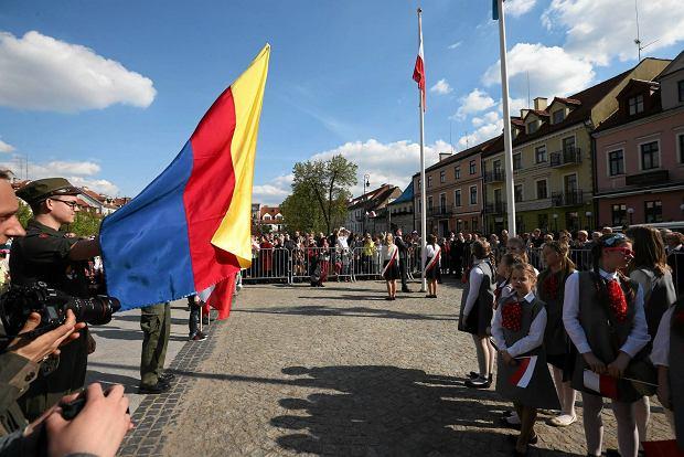 Żółty, czerwony, niebieski... oto flaga w barwach Płocka