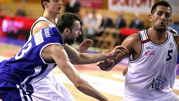 Seid Hajrić (numer 5) teraz zagra po stronie Rosy