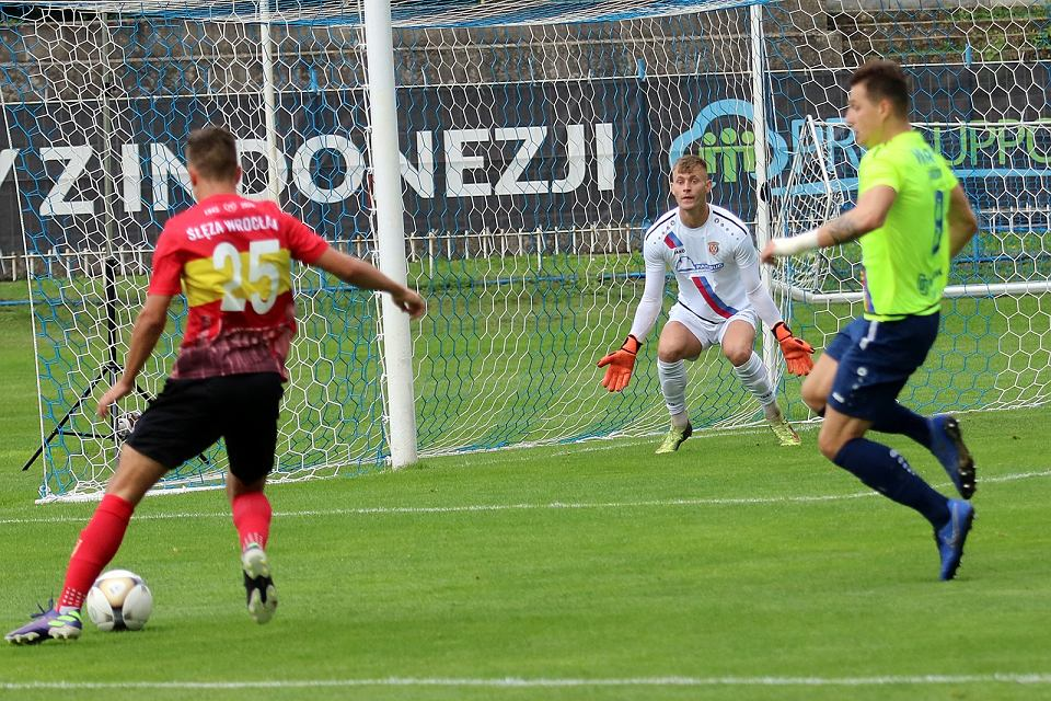 Zdjęcie numer 25 w galerii - Warta nie miała szans w meczu ze Ślęzą Wrocław. Pozostaje bez żadnej zdobyczy na swoim boisku [ZDJĘCIA]
