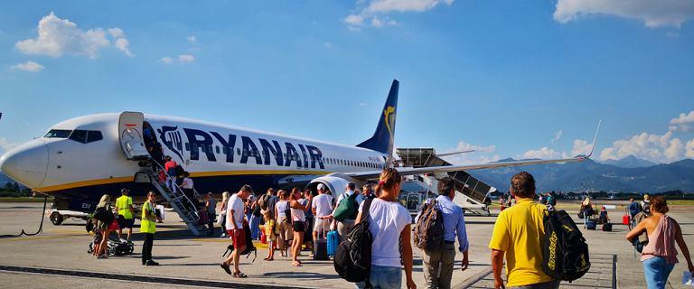 """Samolot Ryanaira odleciał bez pasażerów. """"Zostaliśmy bezradni w terminalu"""""""