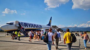 46 pasażerów zostało na lotnisku w Katowicach
