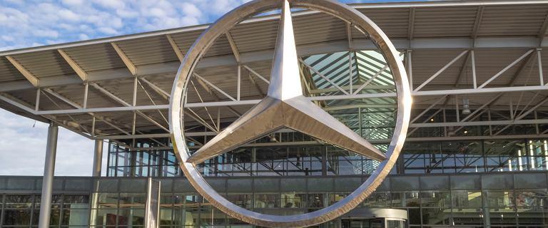Brak półprzewodników. Mercedes wstrzymuje produkcję