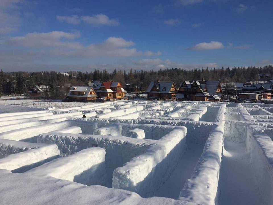 The Worlds Biggest Snow Maze Remixnews And Views From The