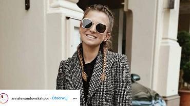Anna Lewandowska w modnej stylizacji na jesień. Uwagę zwraca nietypowa torebka