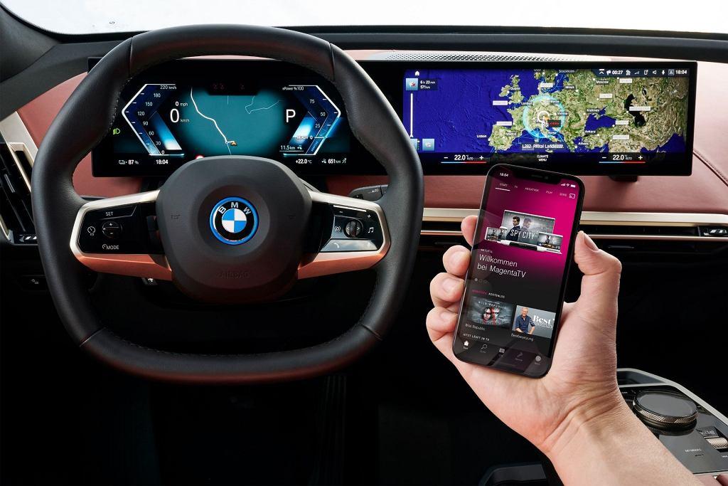 Elektroniczne systemy w BMW iX