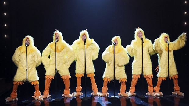 Jimmy Fallon and the Backstreet Boys Cluck 'Everybody (Backstreet's Back)'