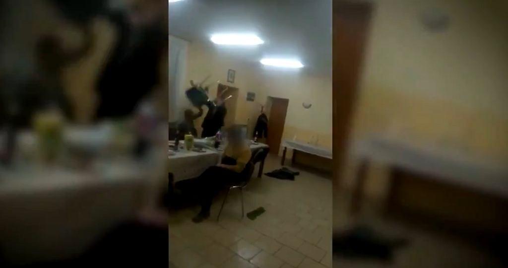 Sołtys wsi Naczysławki pobił żonę (Twitter/@alarm_tvp1)