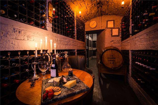 Piwnica na 10 tysięcy butelek wina